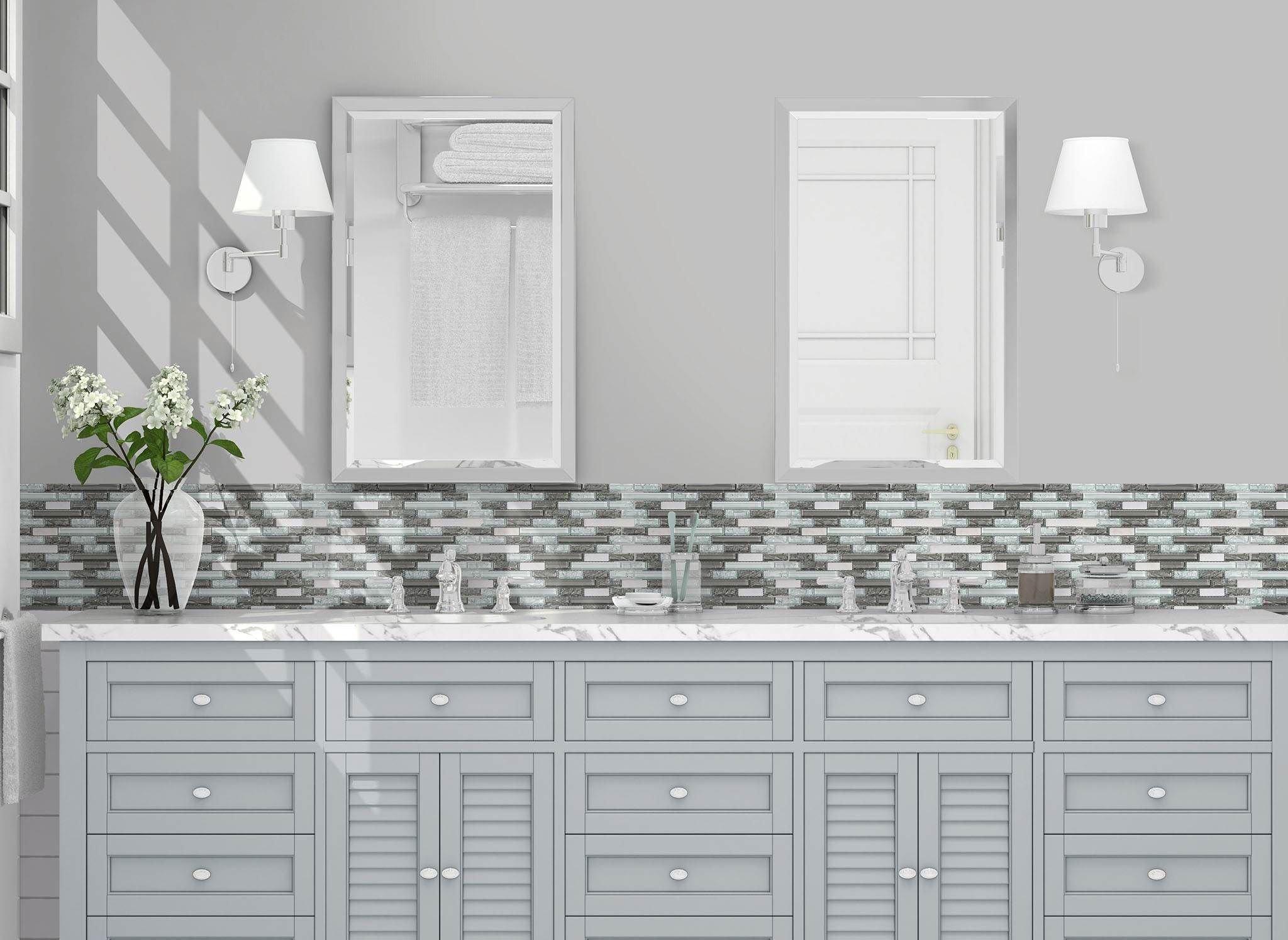 Linear Cracked Gray White Vignette